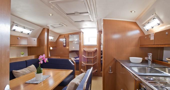 Alquiler de barcos Šibenik barato de Bavaria 41 Cruiser