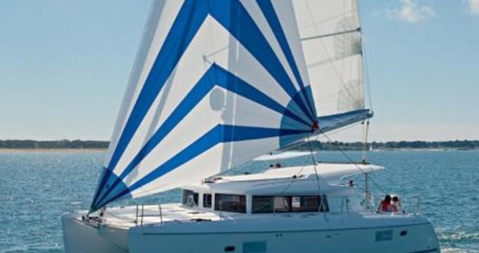 Catamarán para alquilar Lefkas Marina al mejor precio