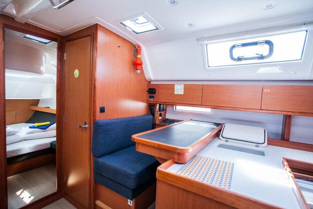 Alquiler de yate Trogir - Bavaria Bavaria Cruiser 51 en SamBoat