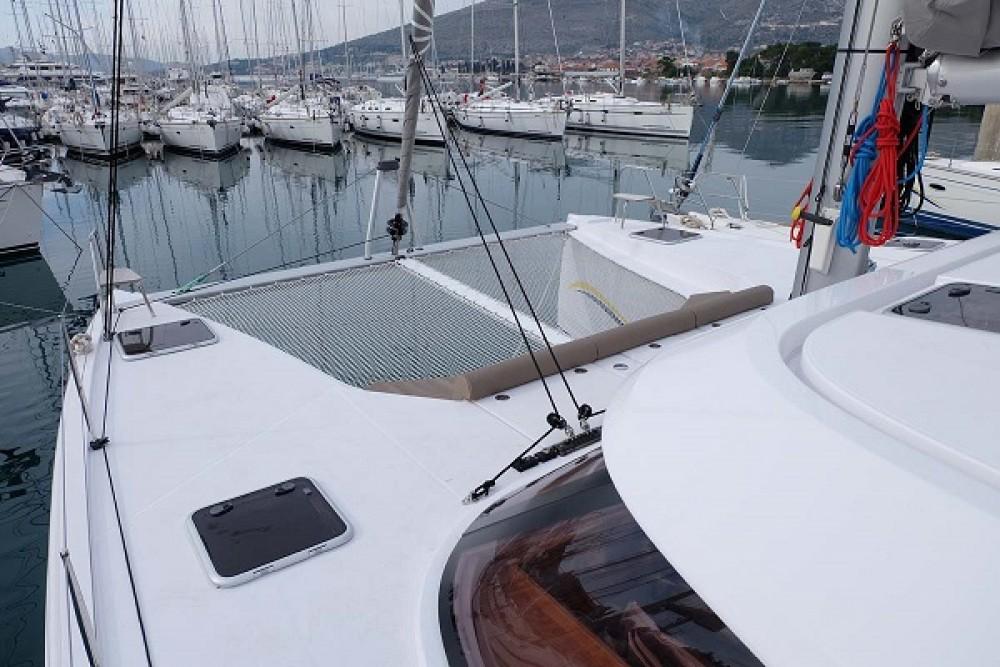 Alquiler de barcos Nautitech Nautitech Open 40 enTrogir en Samboat