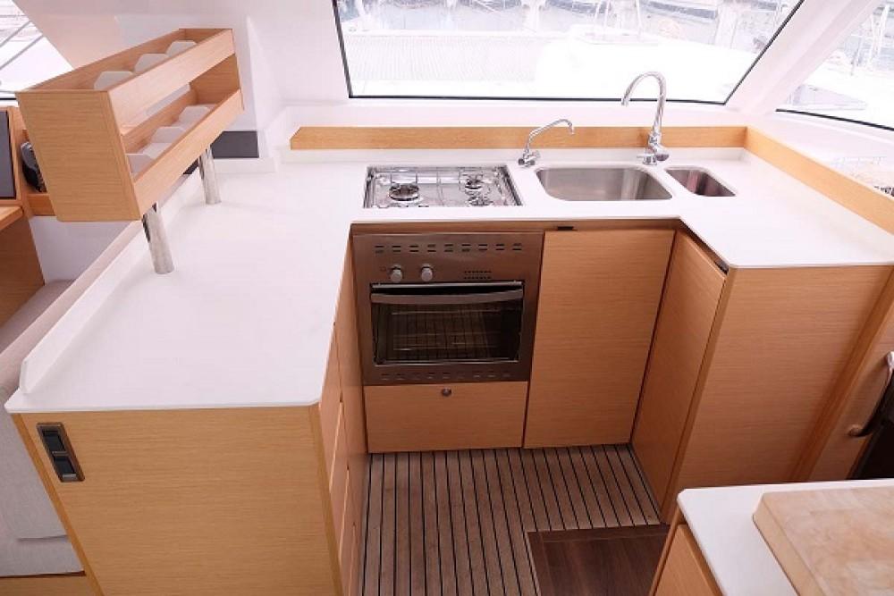 Alquiler de barcos Trogir barato de Nautitech Open 40