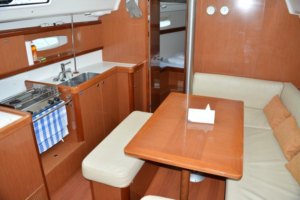 Alquiler de yate Trogir - Bénéteau Oceanis 40 en SamBoat