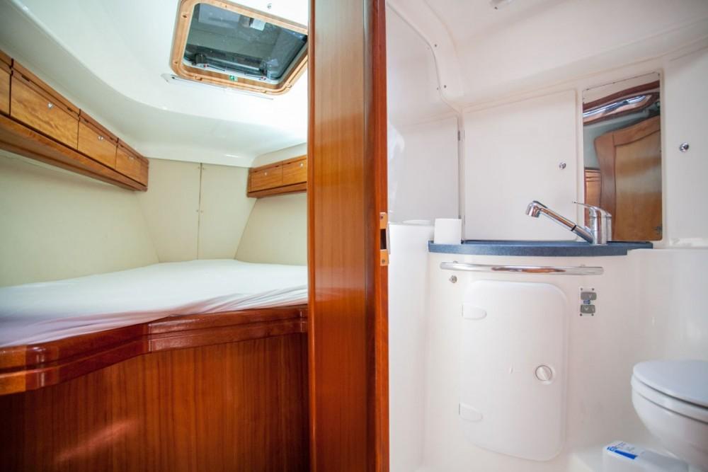 Alquiler de yate  - Bavaria Bavaria 37 Cruiser en SamBoat