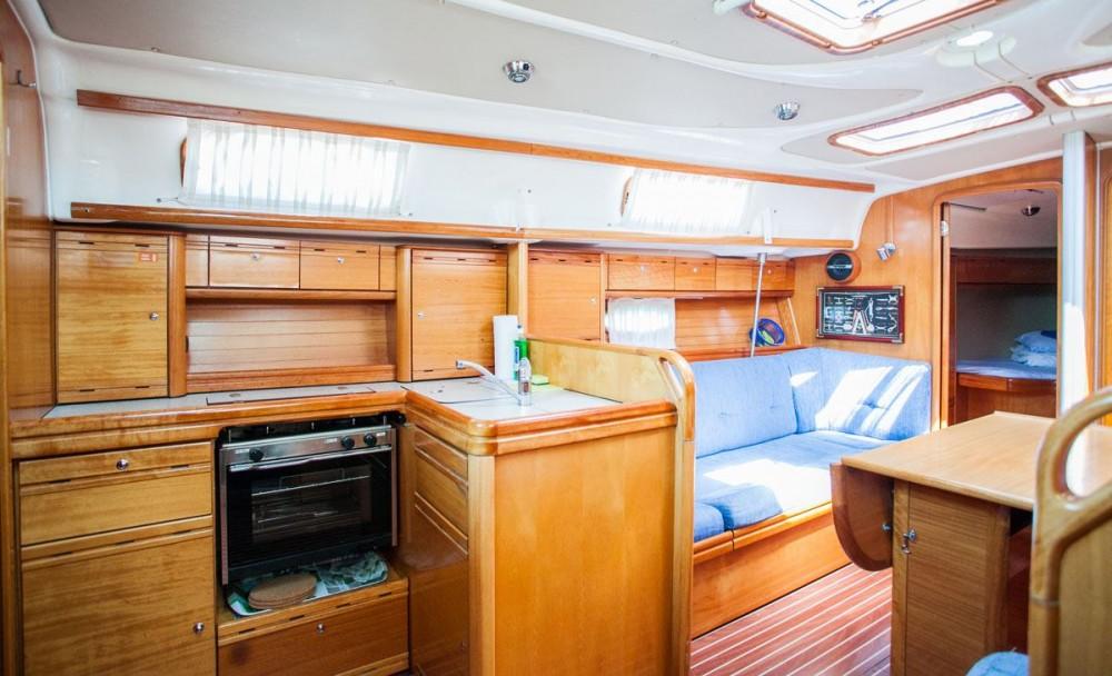Alquiler Velero en  - Bavaria Bavaria 37 Cruiser
