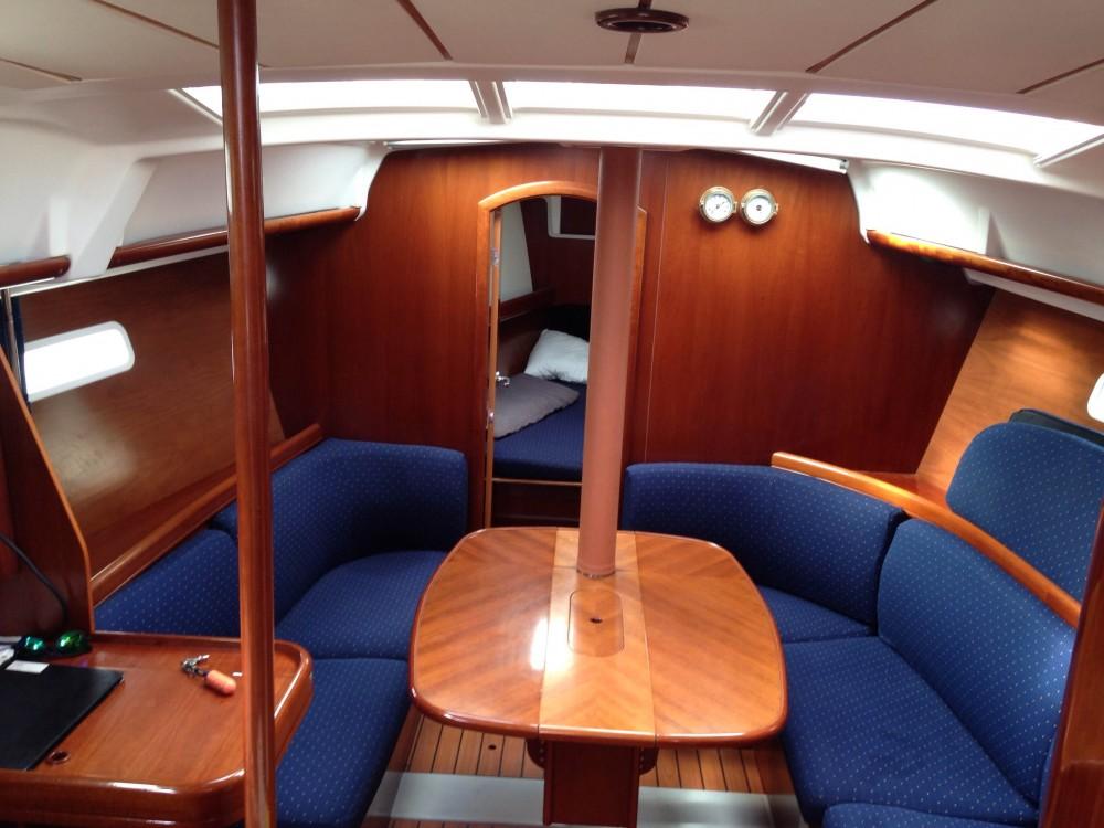 Alquiler de yate Álimos - Bénéteau Oceanis 373 Clipper en SamBoat