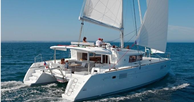 Alquiler de yate Salerno - Lagoon Lagoon 450 F en SamBoat