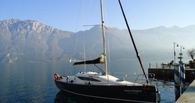 Alquiler de barcos Nautiner Nautiner 30S Race enMalcesine en Samboat