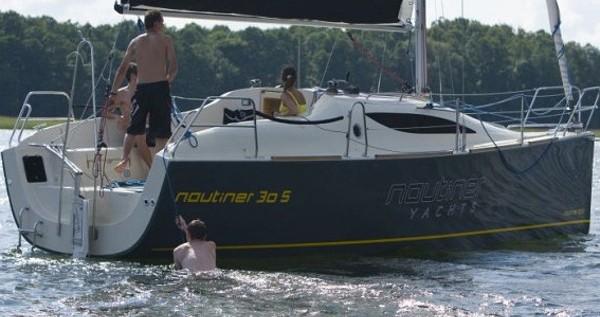 Nautiner Nautiner 30S Race entre particulares y profesional Malcesine
