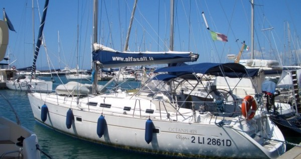 Bénéteau Oceanis 423 entre particulares y profesional Punta Ala