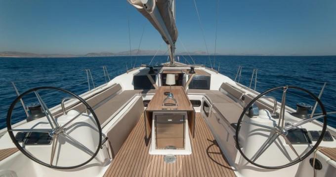 Alquiler de barcos Veruda barato de Dufour 560
