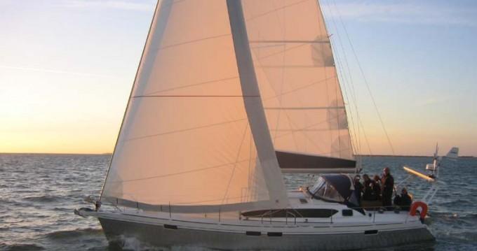 Alquiler de barcos Veruda barato de Ovni 395
