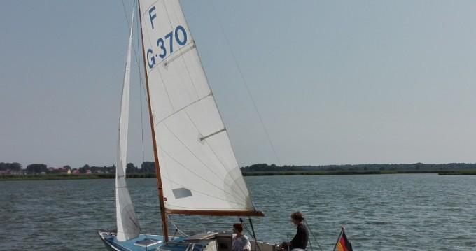 Alquiler de yate Kröslin -  Nordic Folkboat en SamBoat