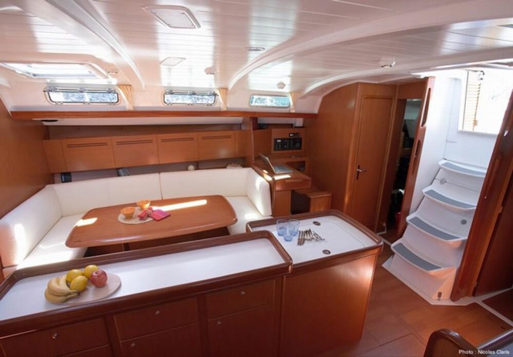 Alquiler de barcos Bénéteau Cyclades 50.5 enFurnari en Samboat