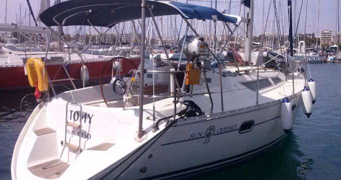 Alquiler de yate Álimos - Jeanneau Sun Odyssey 33 en SamBoat