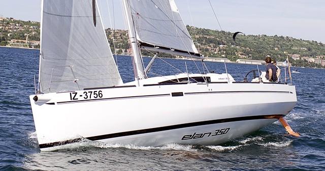 Alquiler Velero Elan con título de navegación