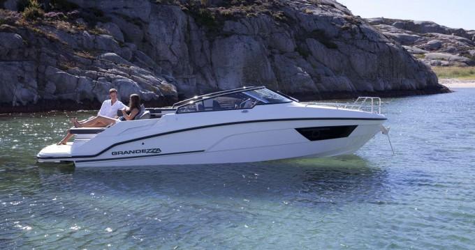 Alquiler de barcos Trogir barato de Grandezza 25S