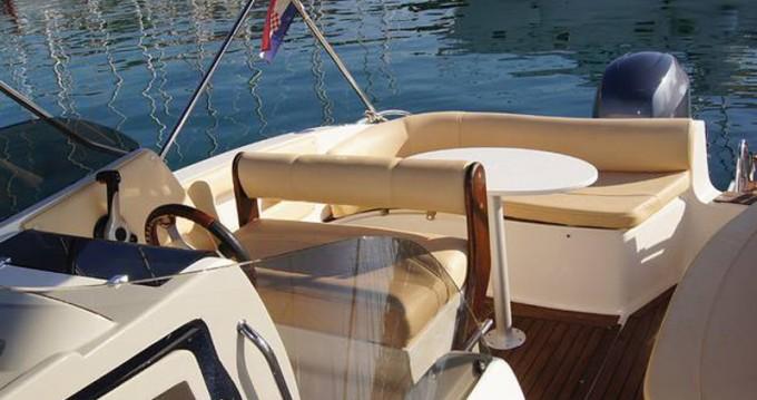 Alquiler de barcos  Eolo 650 enTrogir en Samboat
