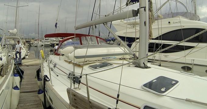 Bénéteau Oceanis 411 Clipper entre particulares y profesional Šibenik