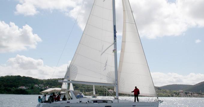 Bénéteau Oceanis 50 entre particulares y profesional Šibenik