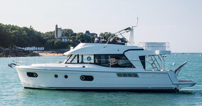 Alquiler de Bénéteau Beneteau S. Trawler 47 en Šibenik