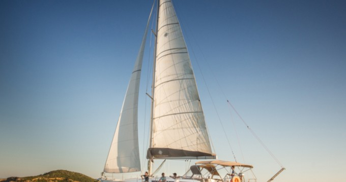 Alquiler de barcos Jeanneau Sun Odyssey 519 (AC, Gen) enSkiathos en Samboat