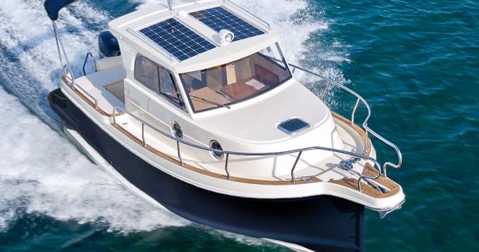 Alquiler de barcos Veruda barato de Leidi 800
