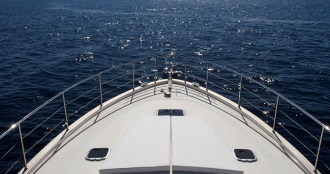 Alquiler de barcos Cyrus Cyrus 13.8 Hardtop enPula en Samboat