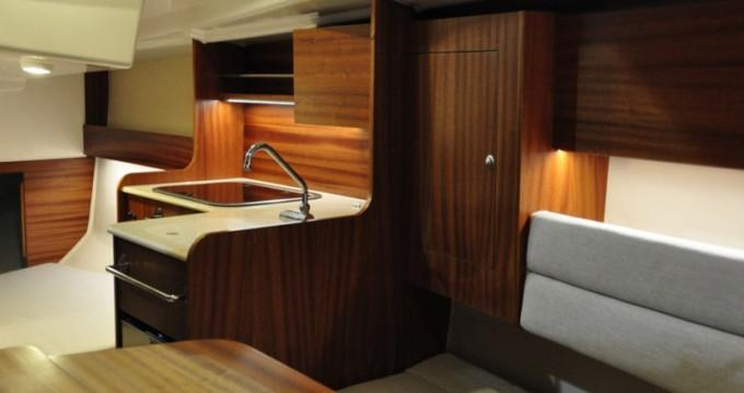 Alquiler de barcos Northman Maxus Evo 24 Prestige + enWilkasy en Samboat