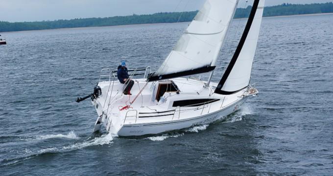 Alquiler de barcos Węgorzewo barato de Maxus 26 Prestige + 8/1
