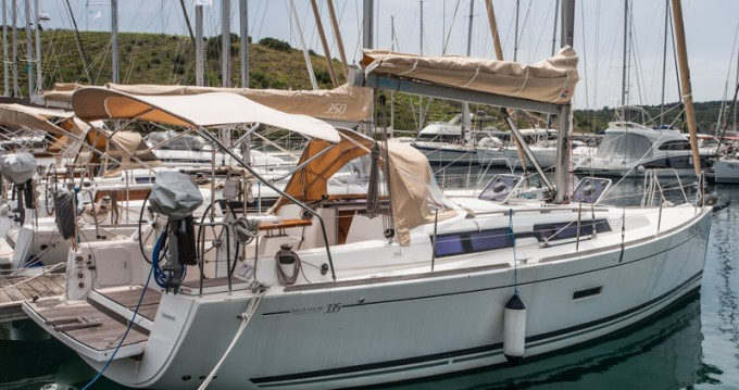 Alquiler de barcos Dufour Dufour 335 Grand Large enPrimošten en Samboat