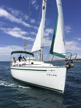 Alquiler de Bavaria Bavaria 30 Cruiser en Port de Sitges Aiguadolç
