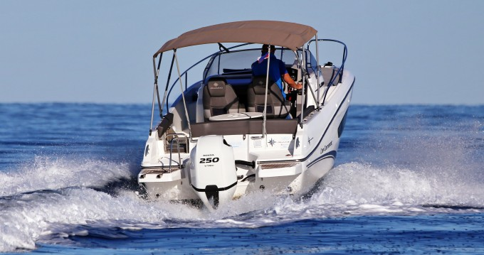 Alquiler de barcos Zadar barato de Cap Camarat 7.5