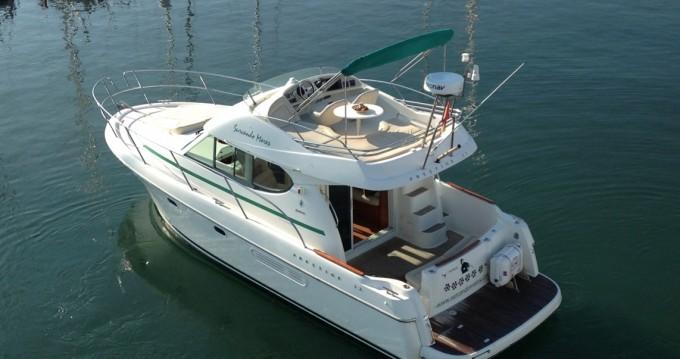 Alquiler de barcos Jeanneau Prestige 32 enPort de Sitges Aiguadolç en Samboat