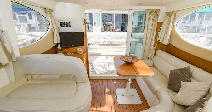 Alquiler Lancha en Port de Sitges Aiguadolç - Jeanneau Prestige 32