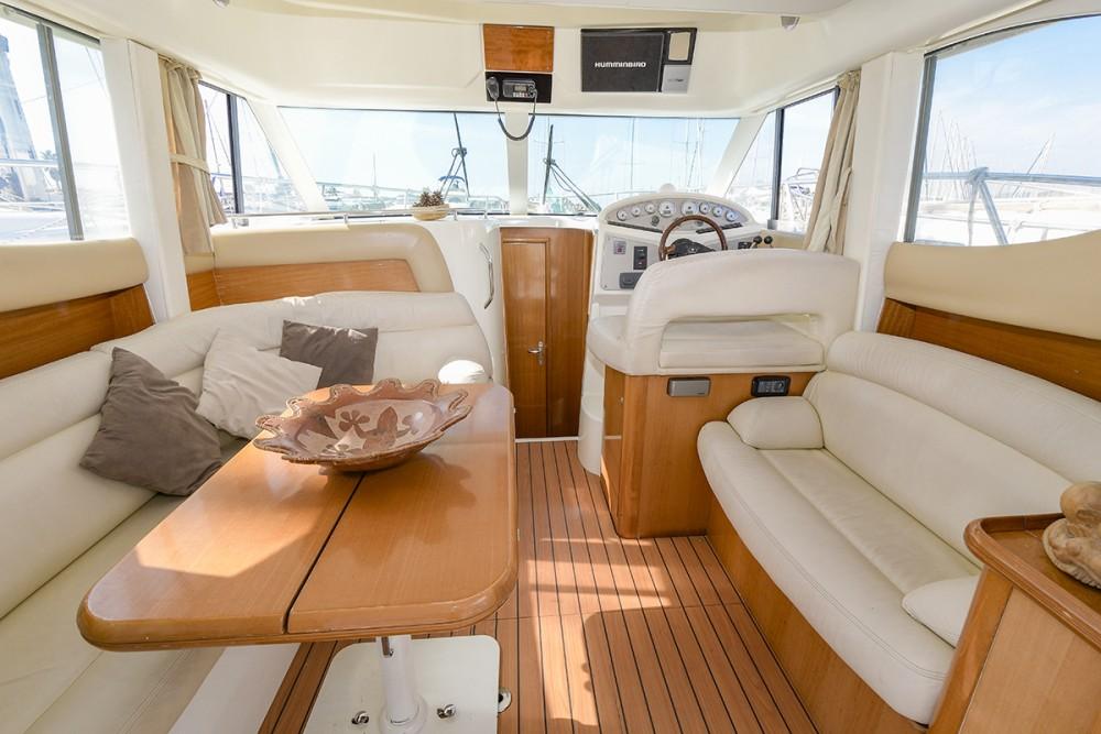 Alquiler de barcos Port esportiu d'Aiguadolç barato de Prestige 32