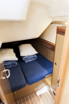 Jeanneau Sun Odyssey 36i entre particulares y profesional Atenas