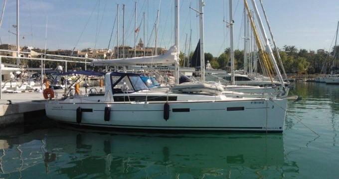 Bénéteau Oceanis 41 entre particulares y profesional Puerto deportivo Marina Rubicon