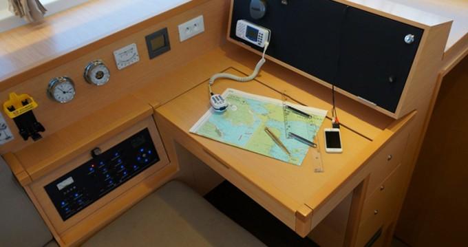 Alquiler de barcos Lagoon Lagoon 400 S2 enLefkada (Isla) en Samboat