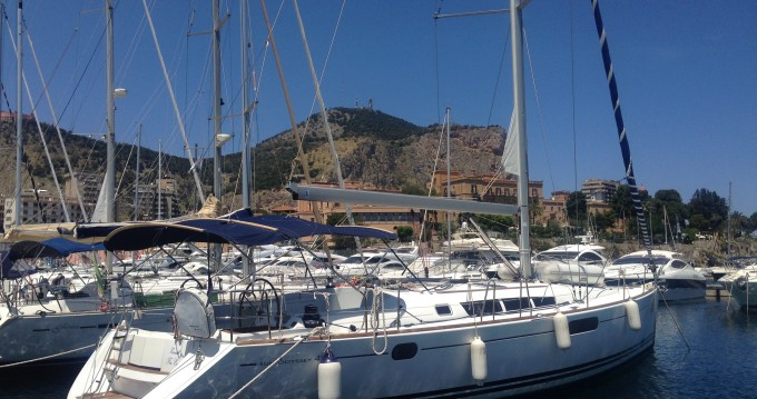 Alquiler de barcos Palermo barato de Sun Odyssey 49i