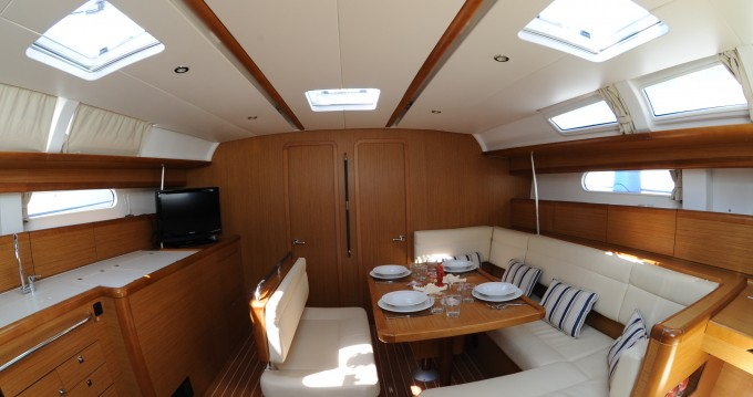 Alquiler de yate Palermo - Jeanneau Sun Odyssey 49i en SamBoat