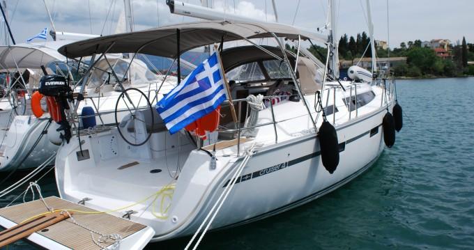 Alquiler de Bavaria Cruiser 41 en Gouviá