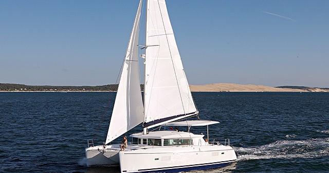 Alquiler de Catamarán, con o sin patrón Lagoon Atenas