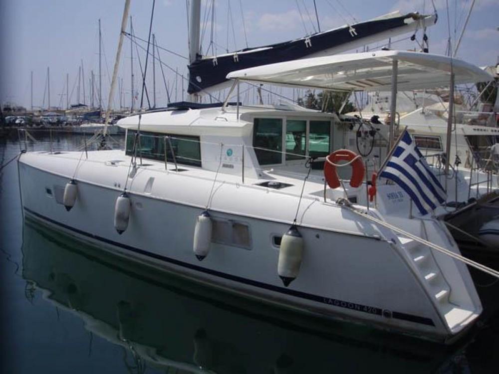 Alquiler de barcos Marina de Alimos barato de Lagoon 420