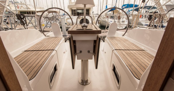 Alquiler de yate Atenas - Bavaria Cruiser 37 en SamBoat