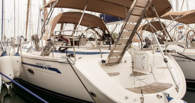 Alquiler de Bavaria Bavaria 50 Cruiser en Atenas
