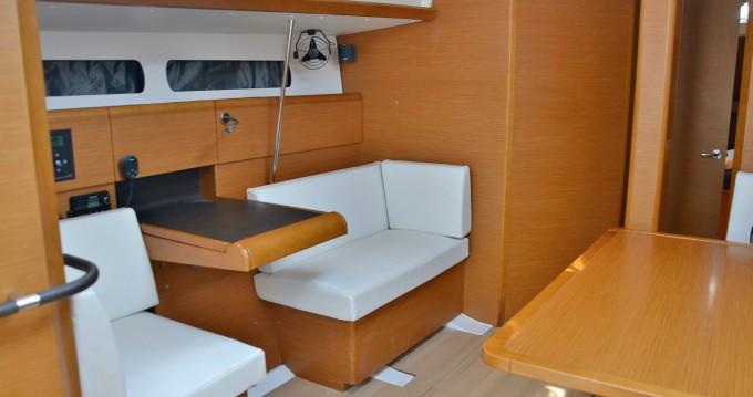 Alquiler de barcos Nettuno barato de Sun Odyssey 449