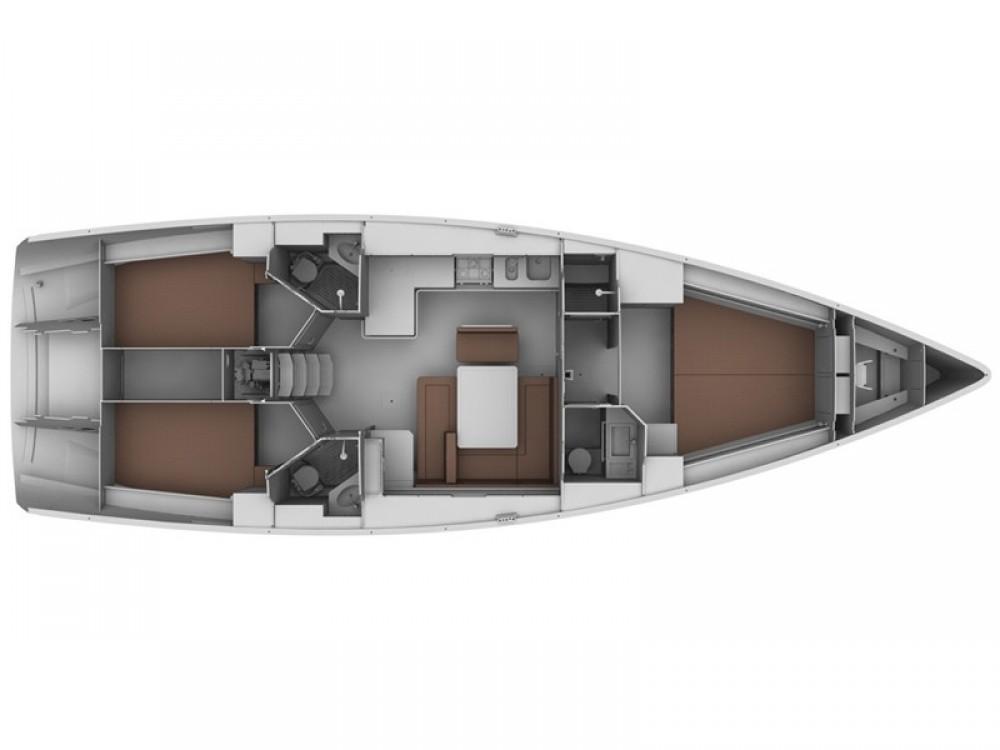Alquiler de Bavaria Bavaria 45 Cruiser en