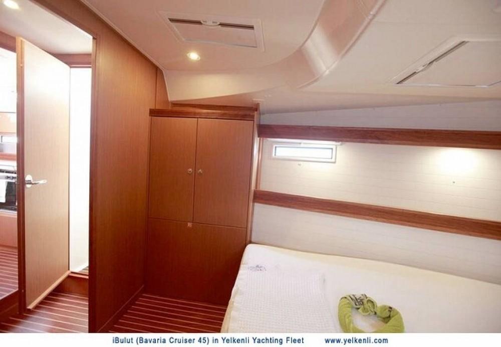 Alquiler de yate  - Bavaria Bavaria 45 Cruiser en SamBoat