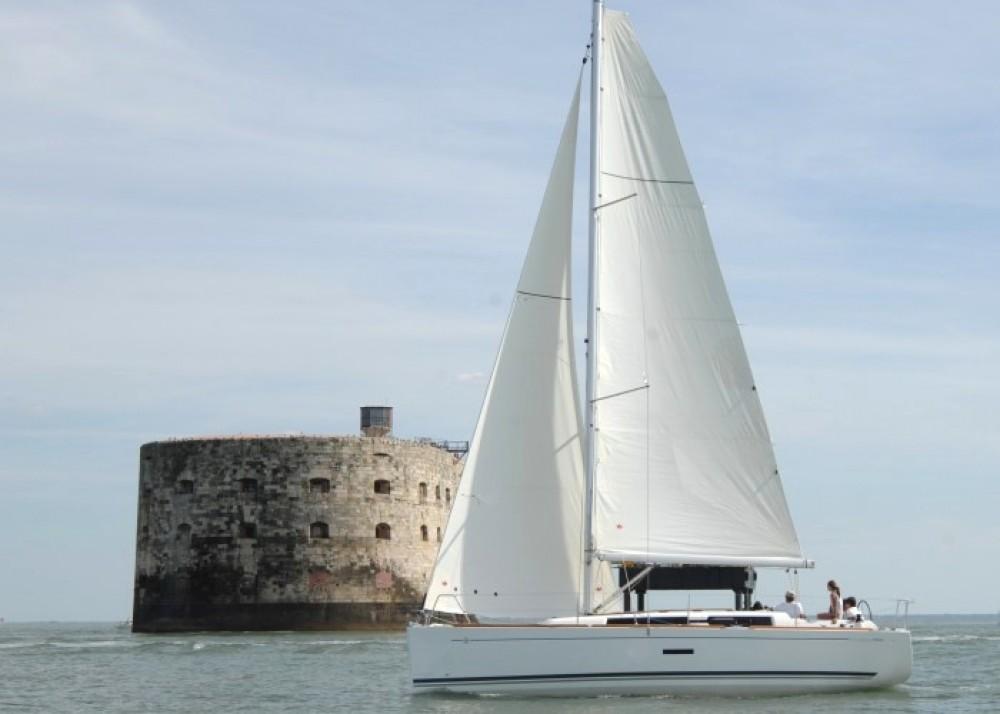 Alquiler de barcos Orhaniye barato de Dufour 335 GL