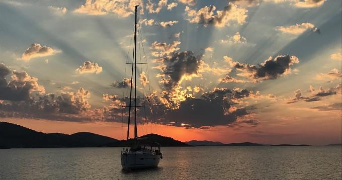 Alquiler de barcos Biograd na Moru barato de Sun Fast 26
